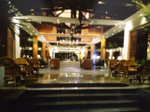 バリの空港のレストラン