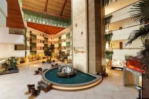 クタパラディソホテル