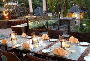 クタパラディソホテルのレストラン
