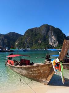 ピピ島のボートのチャーター