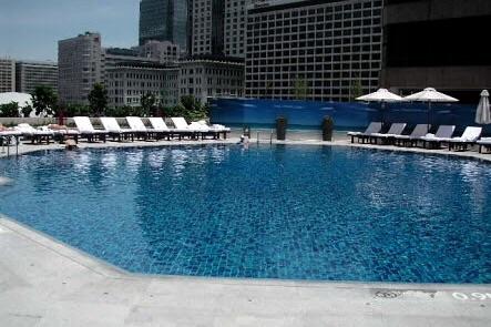 香港-夜景がキレイなホテル-インターコンチネンタル香港-プール
