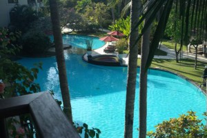 ラグーナ・バリのプール
