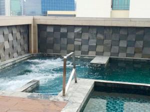 イータスルンピニーバンコク-プール
