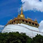 バンコクで人気の観光スポット 黄金の丘 ワットサケット寺  Wat Saket