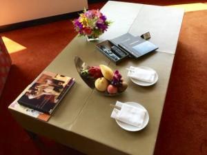 ミレニアムヒルトンバンコクの部屋のフルーツ