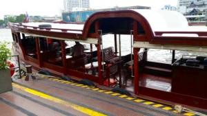 ミレニアムヒルトン-バンコクのボート2