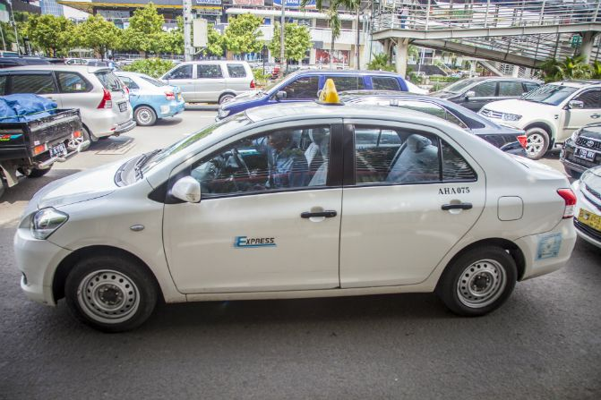 XPRESSタクシー_ジャカルタ-タクシー-乗り方