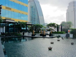 バンコク-ホテル-プール