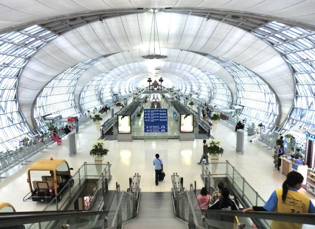 バンコク空港-スワンナプームのコンコース