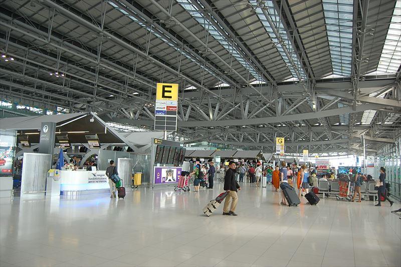 バンコク空港-スワンナプームのロビー