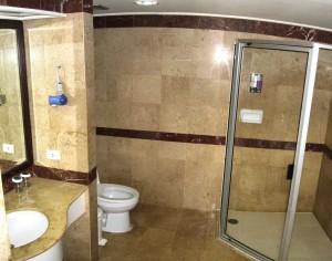 バイヨーク-スカイ-ホテルのバスルーム