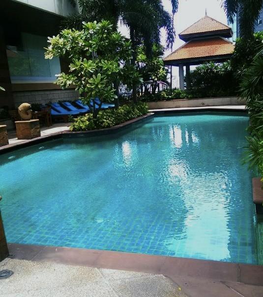 ジャスミン-シティ-バンコクのプール