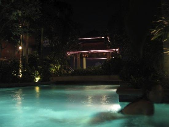 ジャスミン-シティ-バンコクのプール7