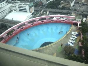 バイヨーク-スカイ-ホテルのプール2