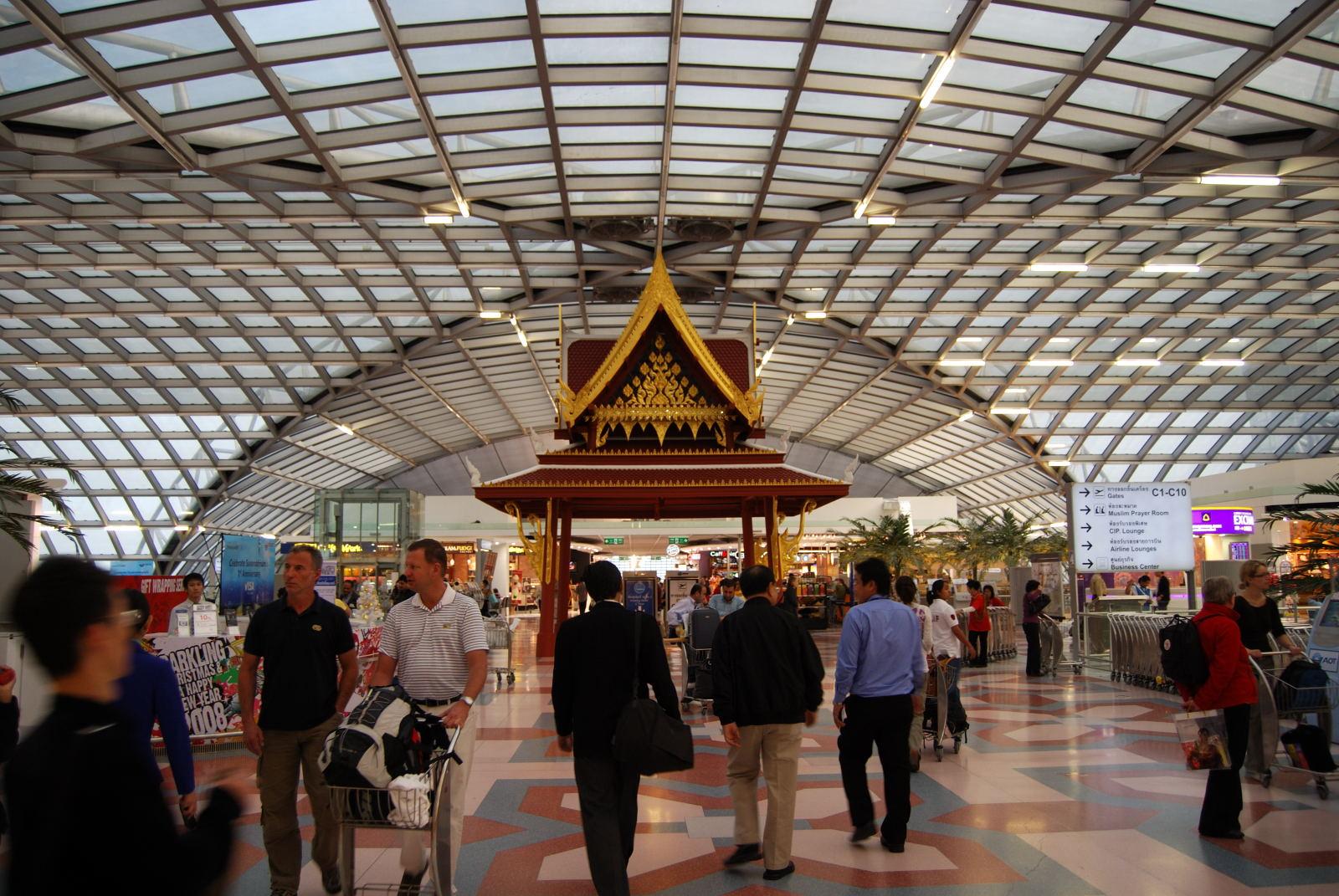 スワンナプーム-バンコク空港-免税店