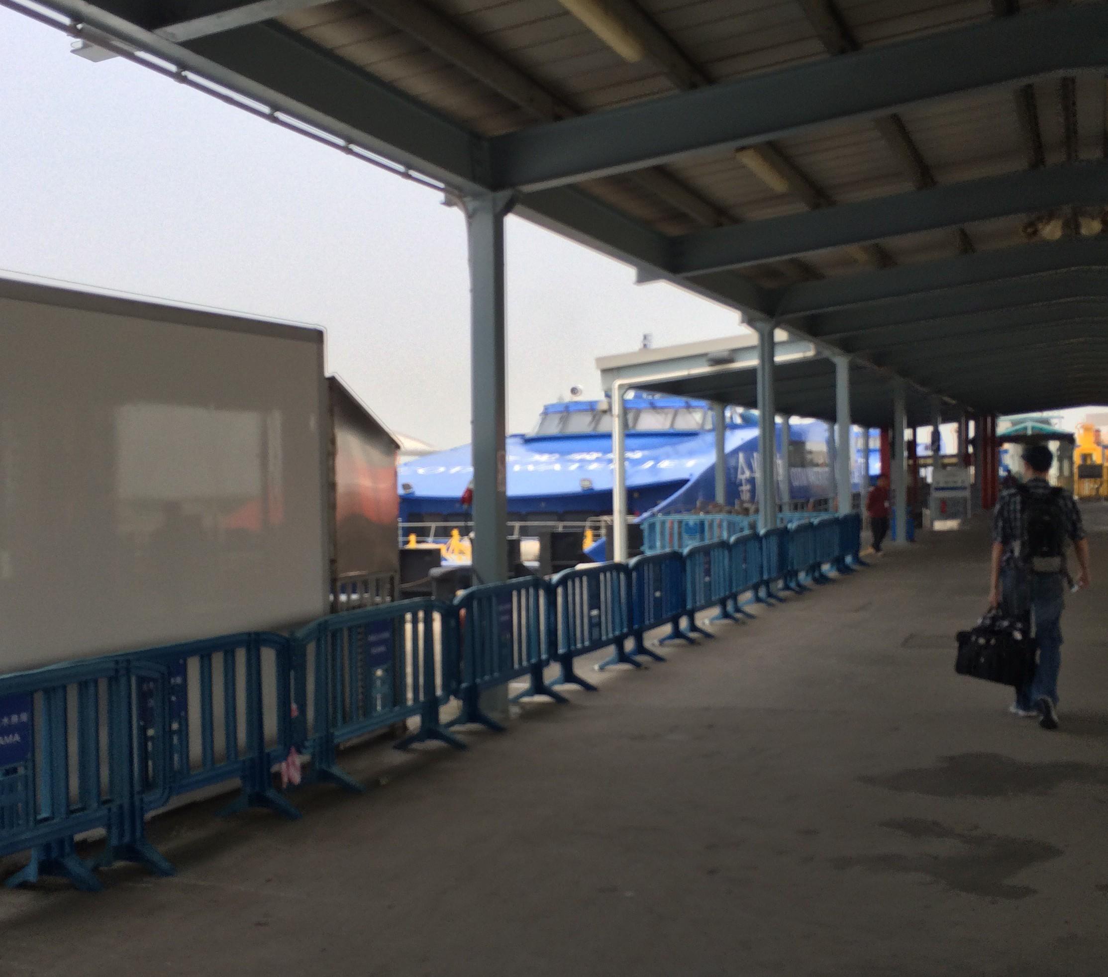 マカオフェリーターミナルマカオから香港空港-12