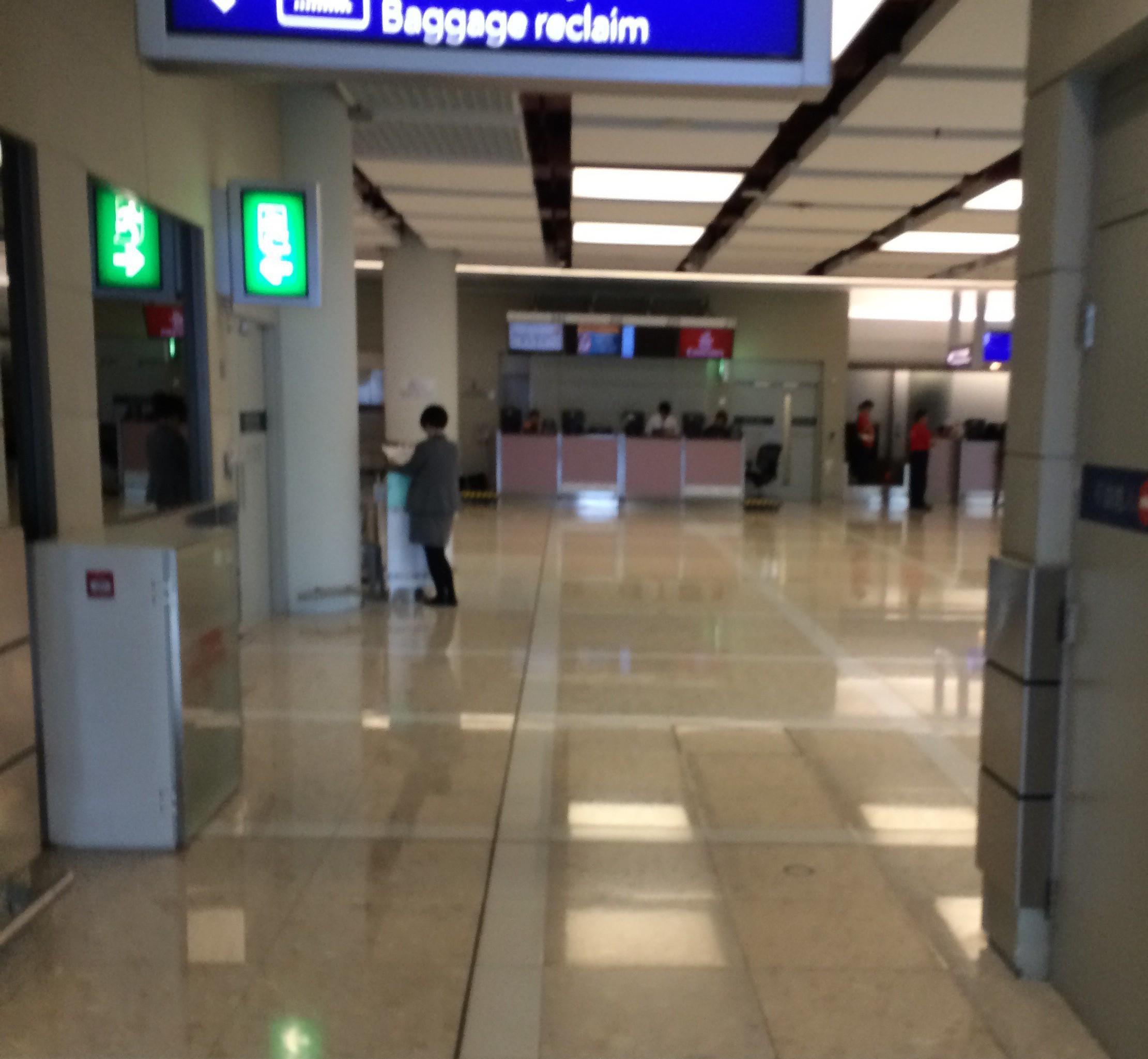 マカオフェリーターミナル-マカオから香港空港-香港ポートピア2