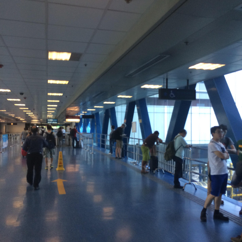 香港-中環フェリーターミナル6