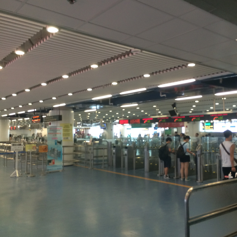 香港-中環フェリーターミナル11