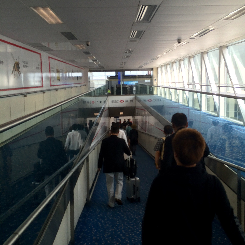香港国際空港の入国2