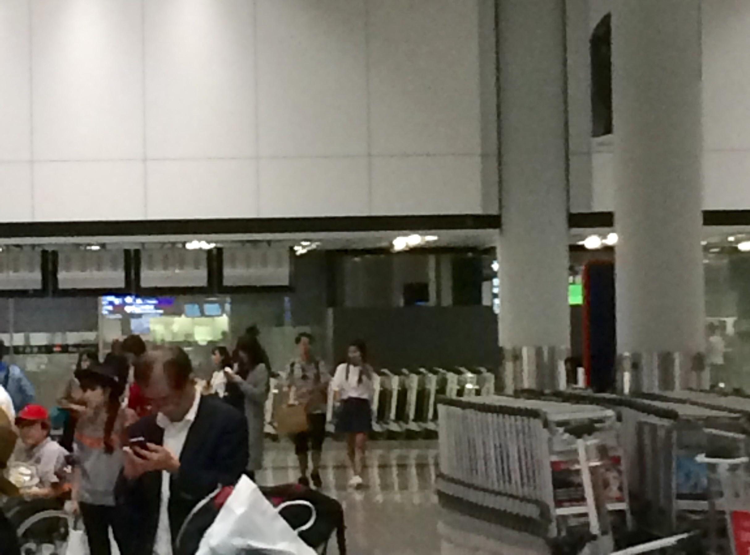 香港国際空港の入国21