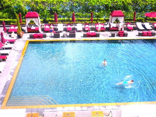 バンコク-プールがオススメ-ホテル-スコータイホテル