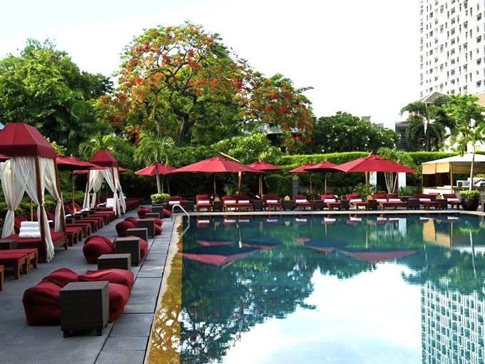 バンコク-プールがオススメ-ホテル-スコータイホテル2