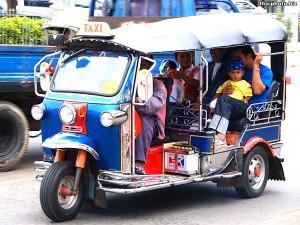 バンコクの移動-トゥクトゥク