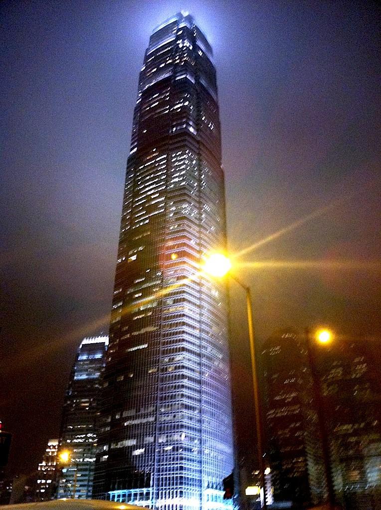 リッツカールトン香港-ozone-bar-4
