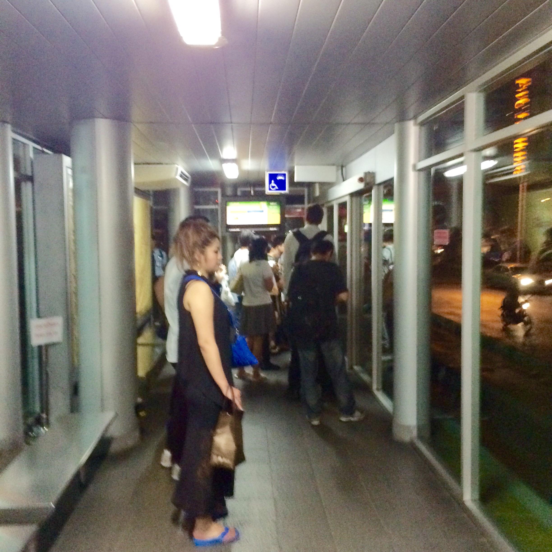 BRTの乗り方-バンコク