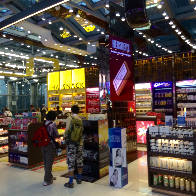タイ-空港-免税店-3