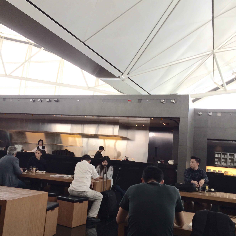 香港空港-キャセイパシフィック航空のラウンジ-5