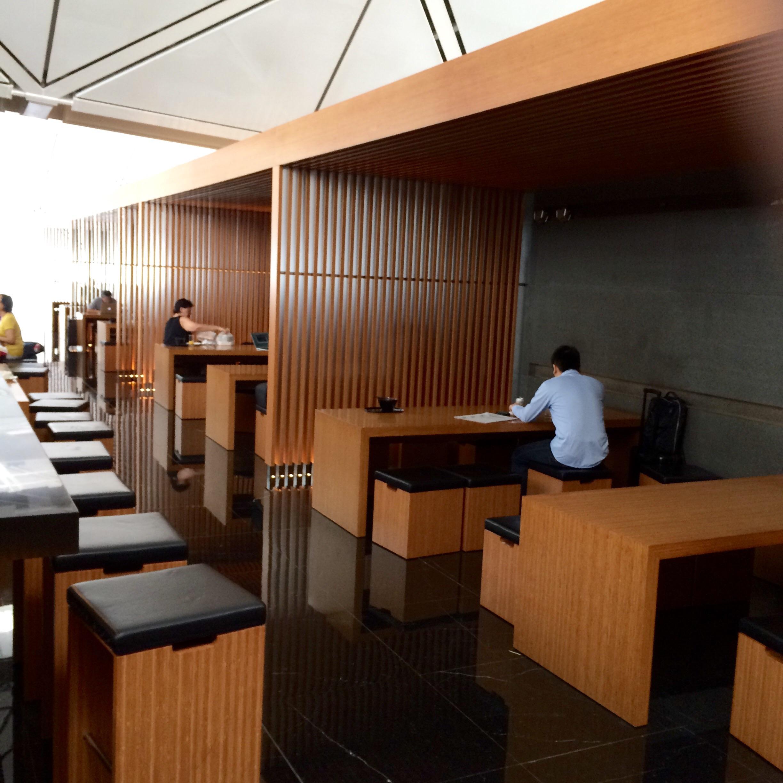 香港空港-キャセイ・パシフィック・ラウンジ-6