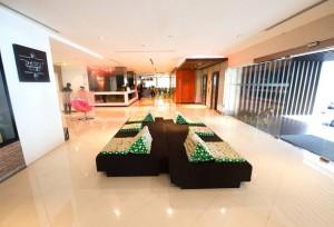 lobby--v2420640