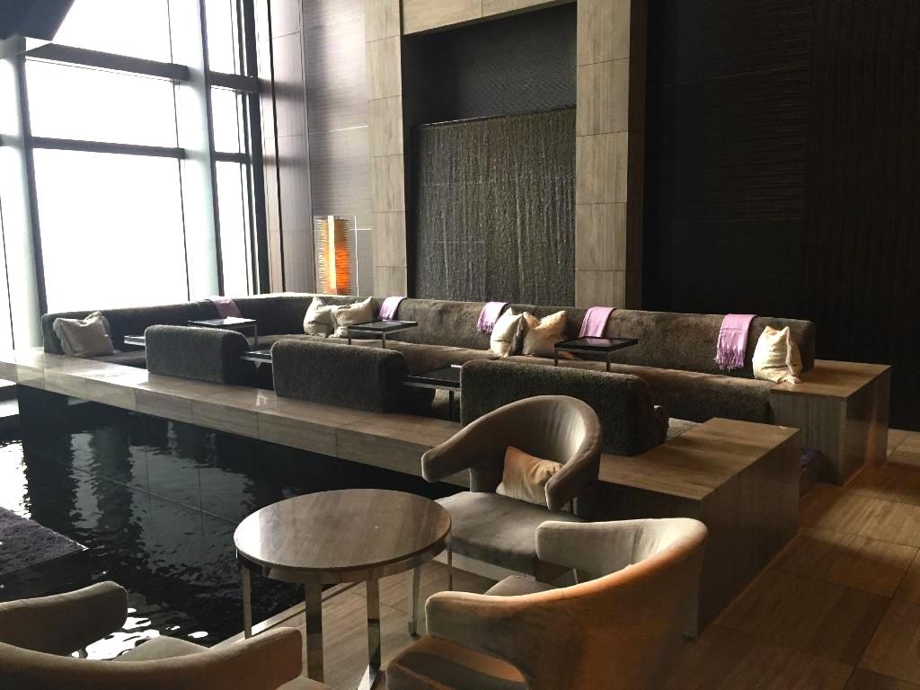 東京の最高級ホテル-マンダリンオリエンタル東京のロビー-2