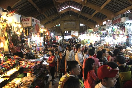 ホーチミンの観光地 チョ・ベンタイン市場の解説