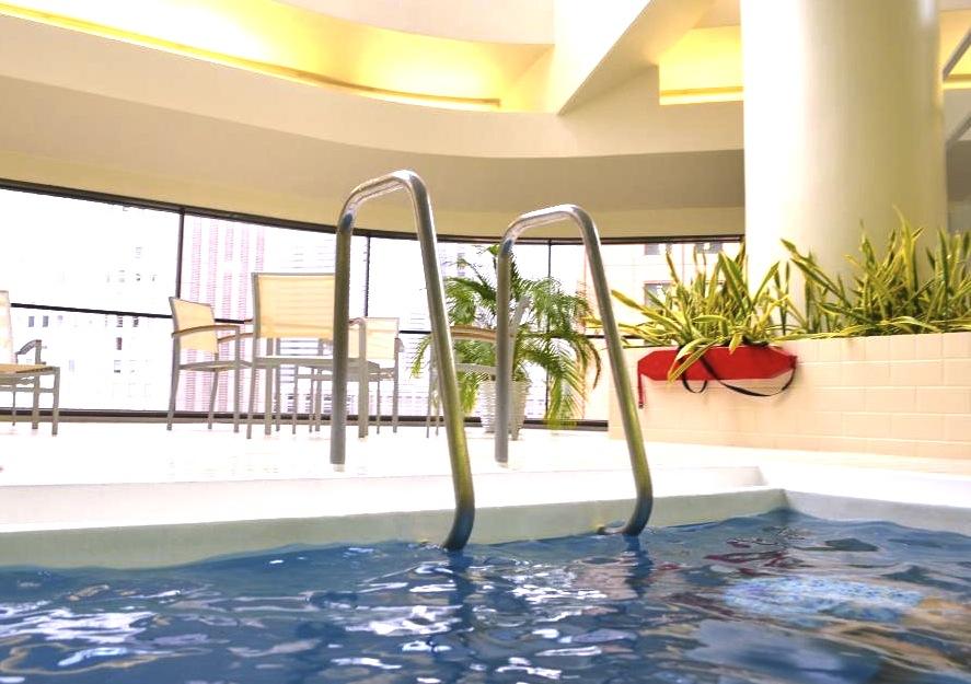 ヒルトン東京-新宿のホテル-プール