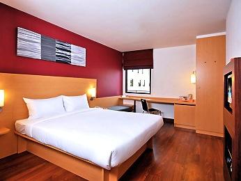 バンコクで立地が良くて安いホテル-1
