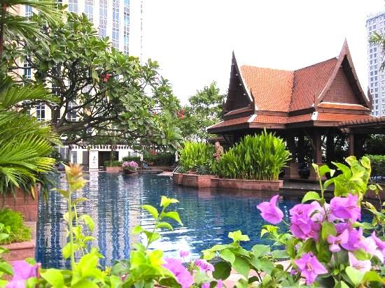 バンコクでプールの良いホテル-ロイヤルメリディアン-1
