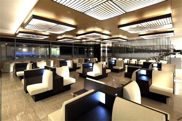 ana-ファーストラウンジ-suite-lounge-2