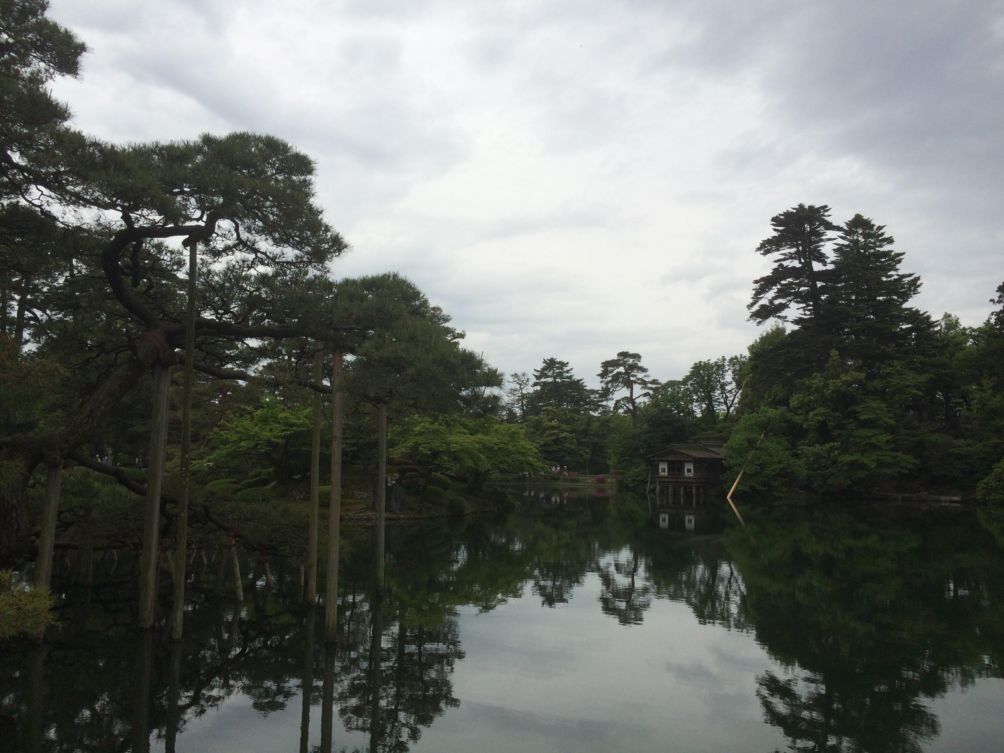 金沢旅行の観光地-兼六園-霞が池-2