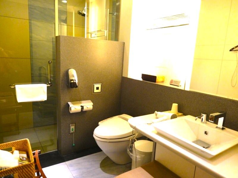 ana-ファーストラウンジ-suite-lounge-9