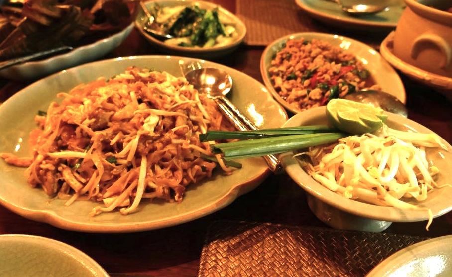 バンコクのレストラン-バーンカニタ・ギャラリー-パッタイ