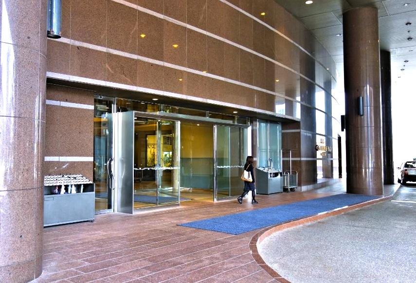 金沢の駅近ホテル-ANAクラウンプラザ-1