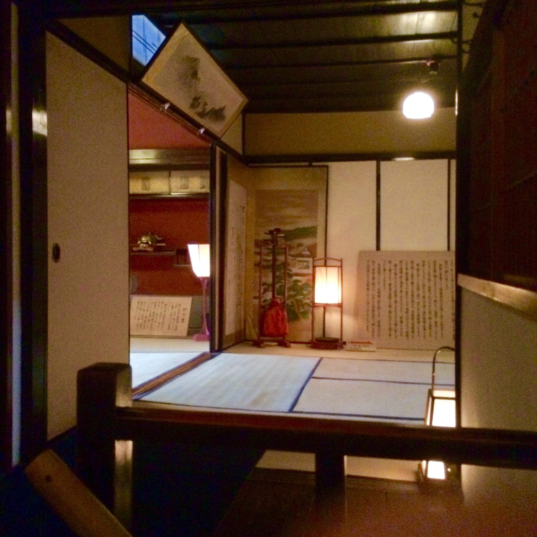 1金沢の人気スポット-東の茶屋街-志摩-13