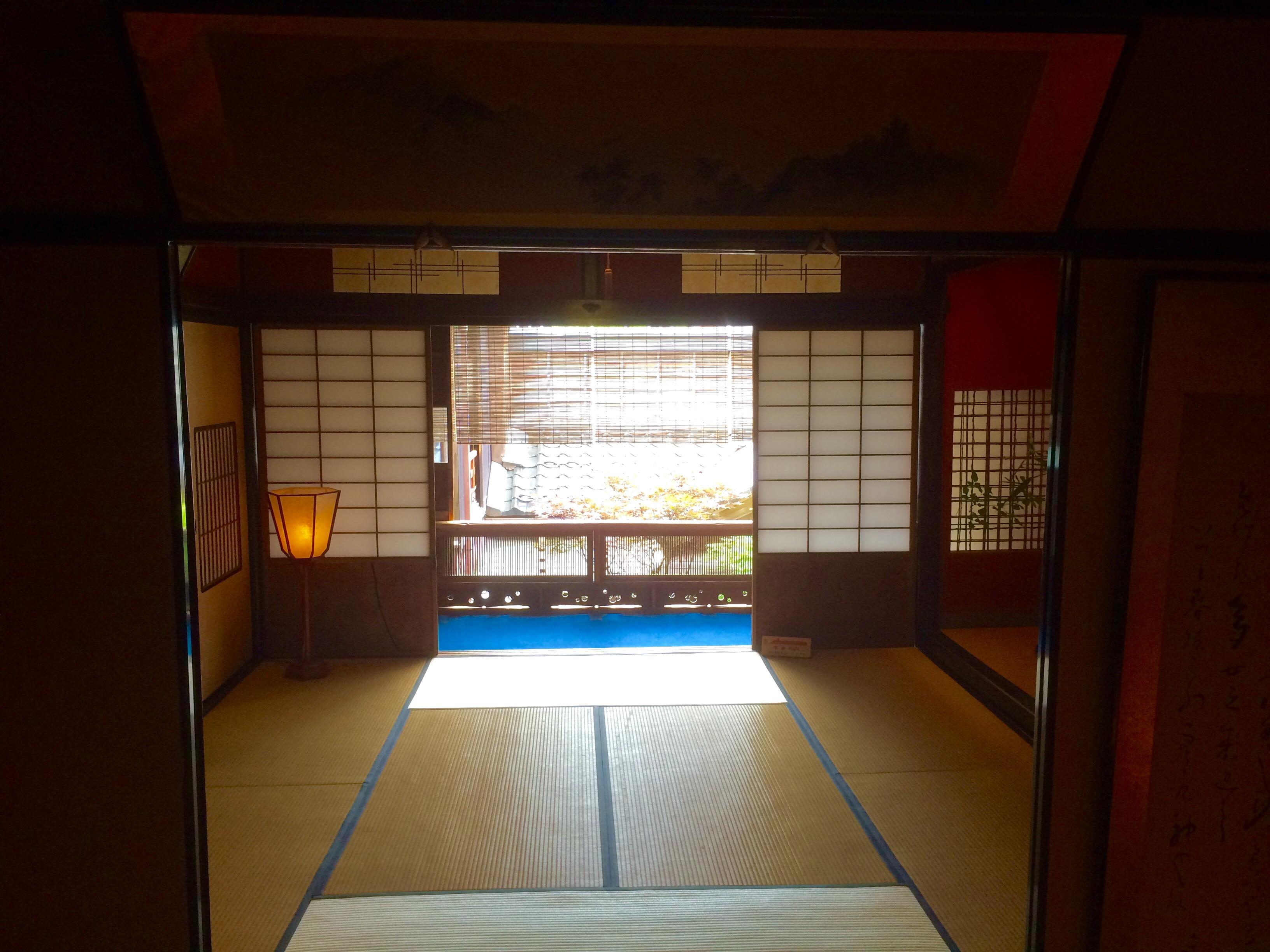 金沢の人気スポット-東の茶屋街-志摩-9