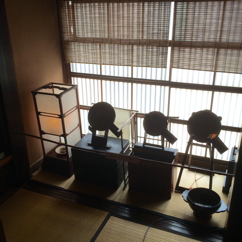 金沢-東の茶屋街-志摩-2