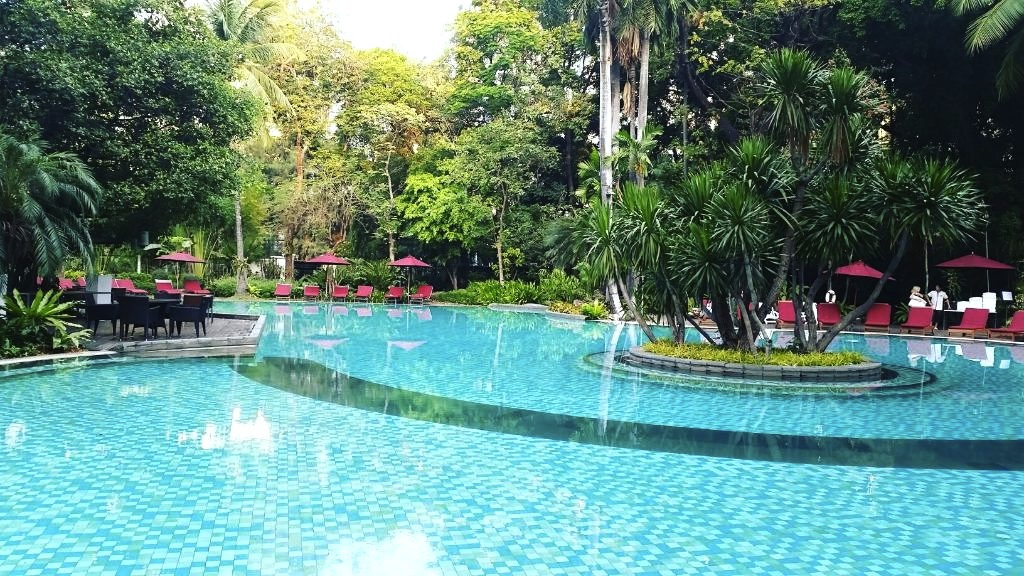 バンコクでプールが大きいホテル-スイソテル-3
