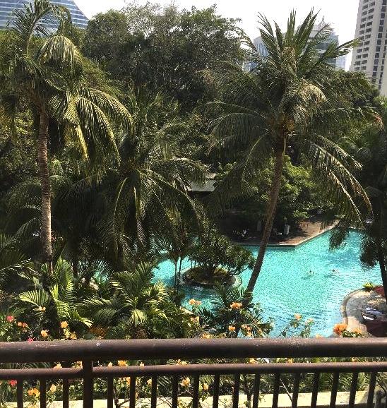 バンコクでプールが大きいホテル-スイソテル-7