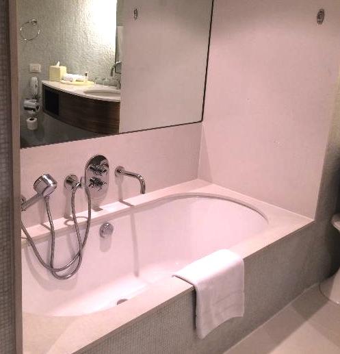 スクンビットでプールならナイラートホテル-3